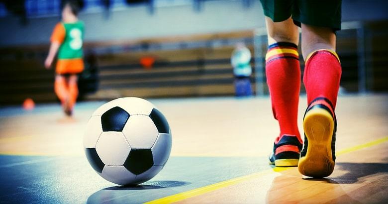 Nootjebal: voetbal voor de allerkleinsten
